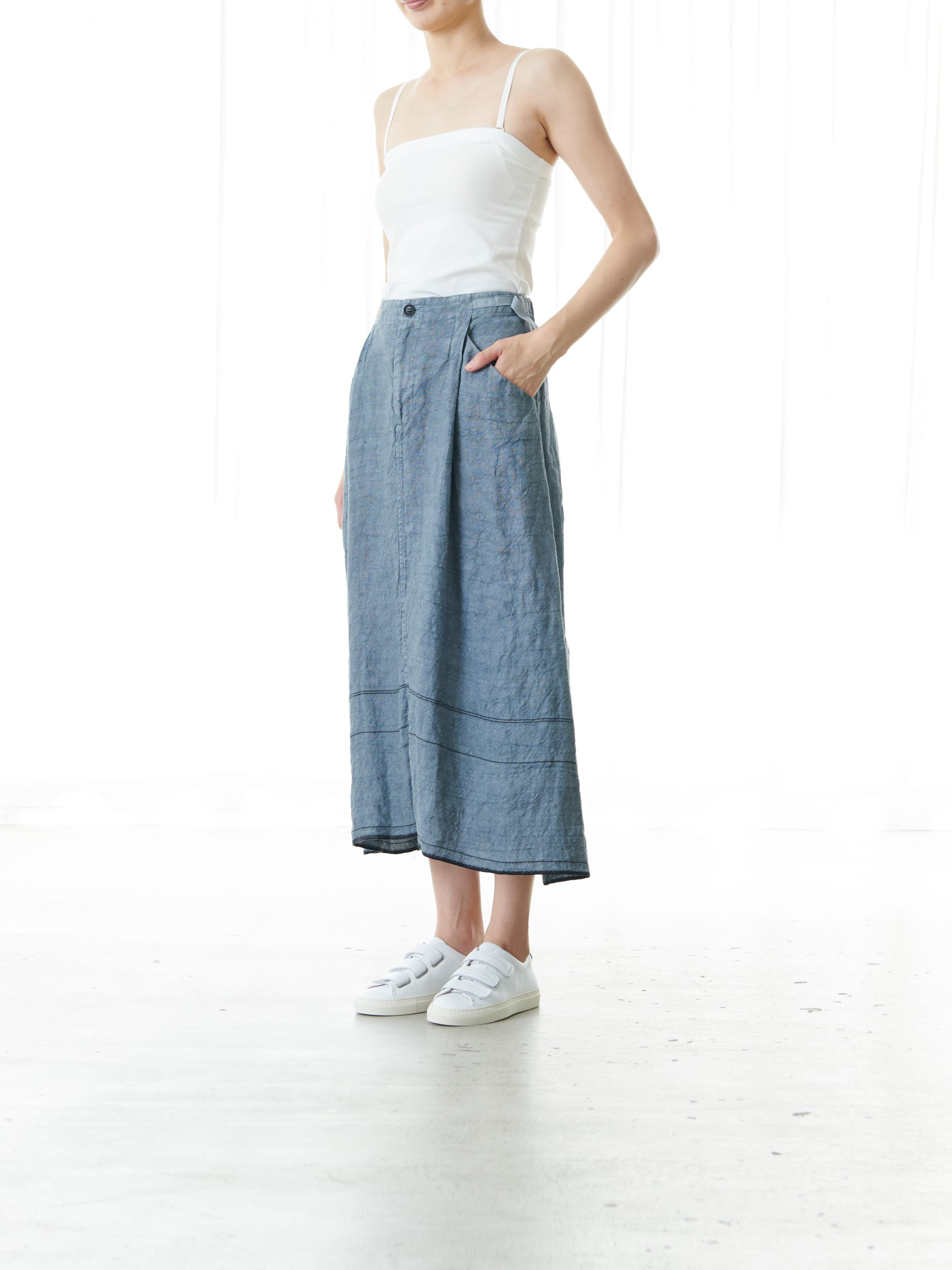 OPEN THREAD LINEN SKIRT