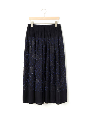 Open image in slideshow, JACQUARD EMBROIDERED SKIRT