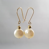Roujk Pearl Earrings- Flat