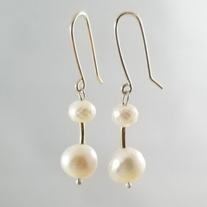 Roujk Pearl Earrings- Tall