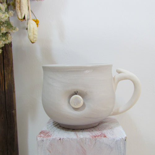 Pearly Disc Charm Mug