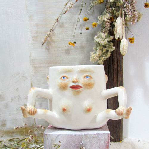 Ambidextrous Lady Mug in White