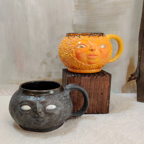 Sun and Moon Face Mug Set