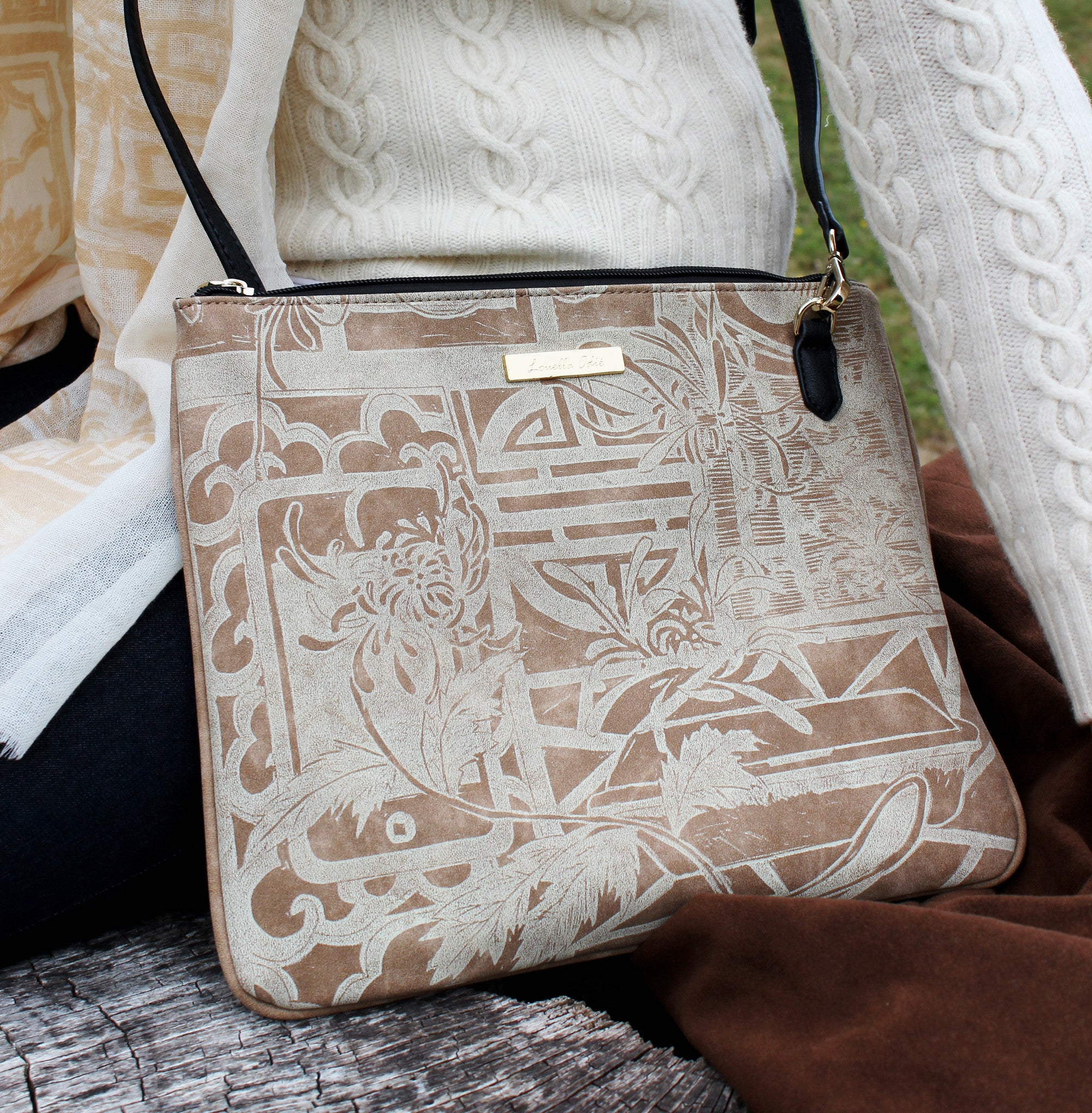 Lattice Cross Body Bag - Cream