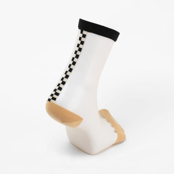 Chic Nude Socks