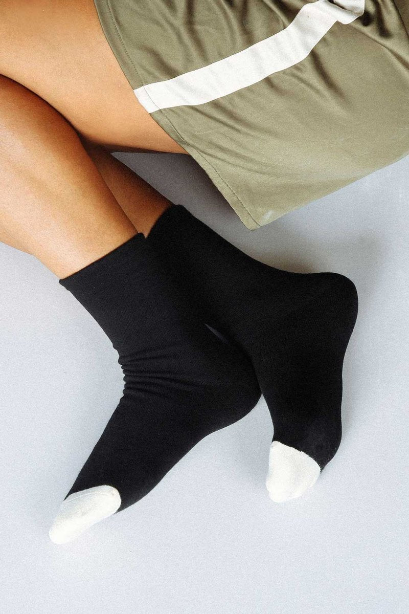 Norme Socks Black W/ White Toe