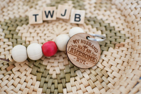 "Rustic Wood ""awesome wife"" Keychain"