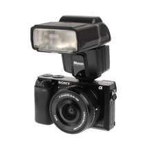 Load image into Gallery viewer, Nissin i600 Compact Flash