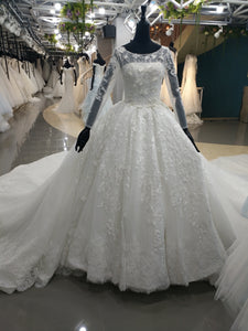 Muslim long sleeves pearls beaded lace ball gown skirt wedding dress
