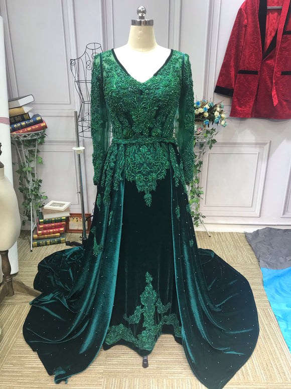Long sleeves lace appliqués velvet emerald green prom dresses removable train skirt 2021