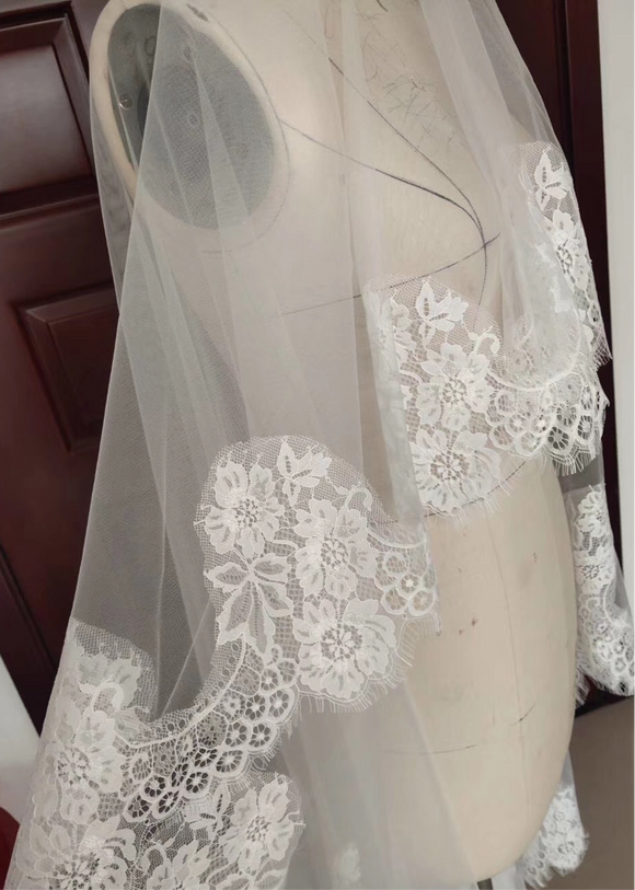 Eyelash lace appliqués elbow length face veil