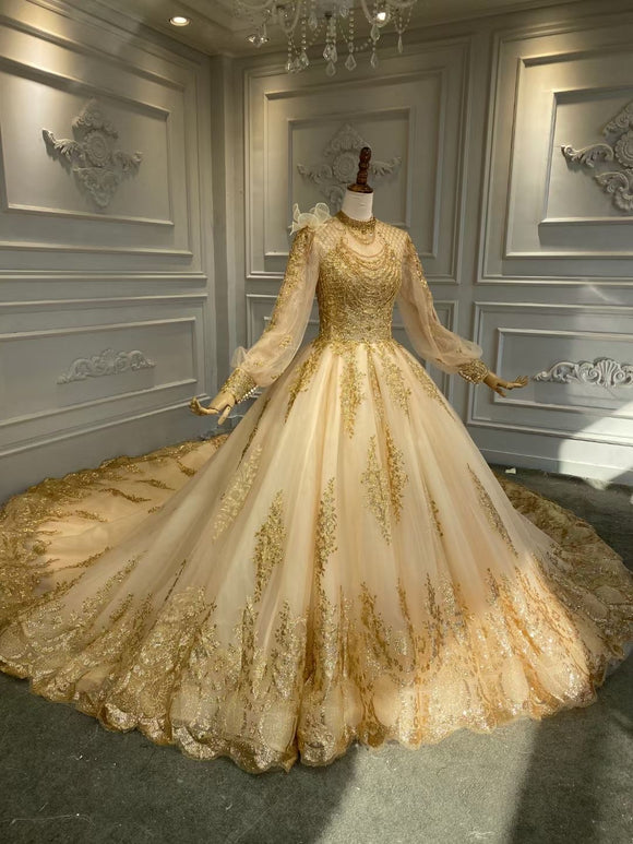 Unique gold sparkling lace appliqués Long sleeves glitter ball gown Muslim wedding dress 2020