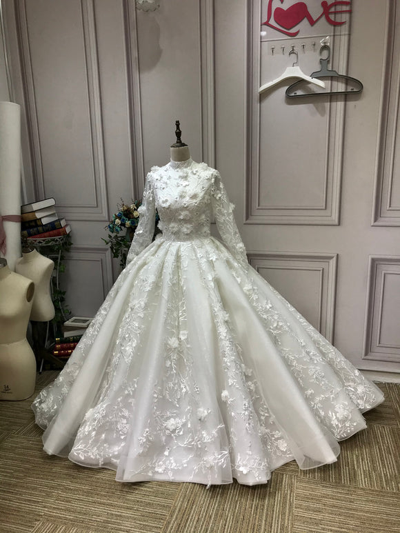 Luxurious high collar 3D lace appliqués flowers and glitter sparkling ball gown Muslim wedding dress 2021