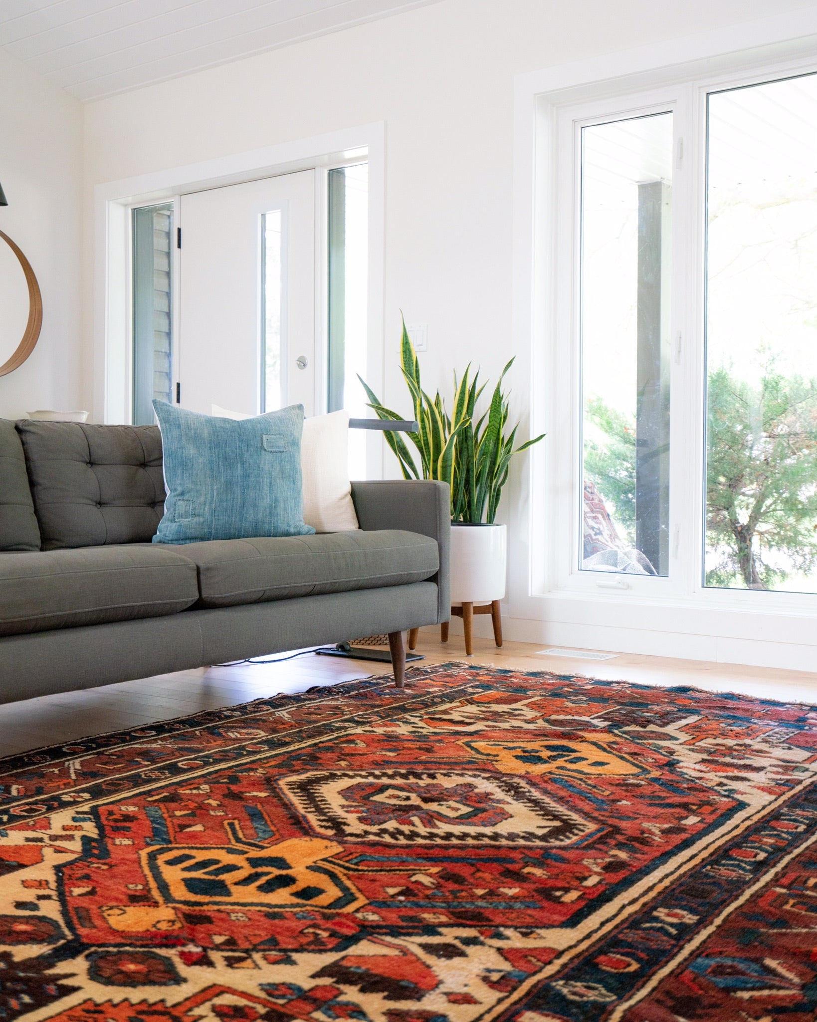 Genuine Handmade Indian Rugs | Improving Lives in India