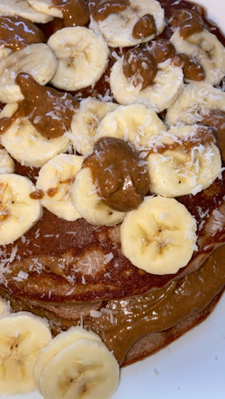 Recipe: Chocolate Banana Protein Pancakes