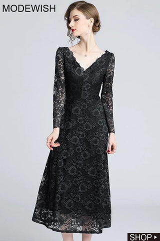 Black Lace V-Neck Long Sleeve Maxi Dress