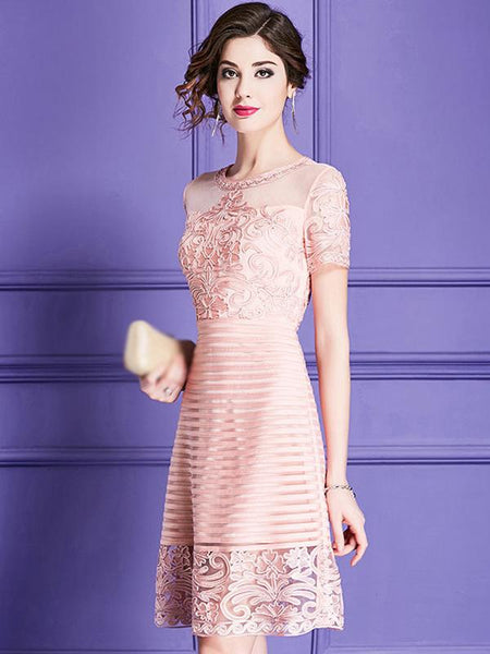Elegant Embroidery O-Neck Short Sleeve Fit & Flare Dress