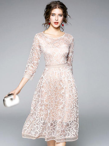 Elegant Lace O-Neck 3/4 Sleeve Fit & Flare Dress