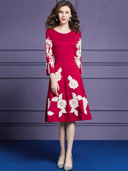 Embroidery O-Neck 3/4 Sleeve Embroidery Pure Color Skater Dress