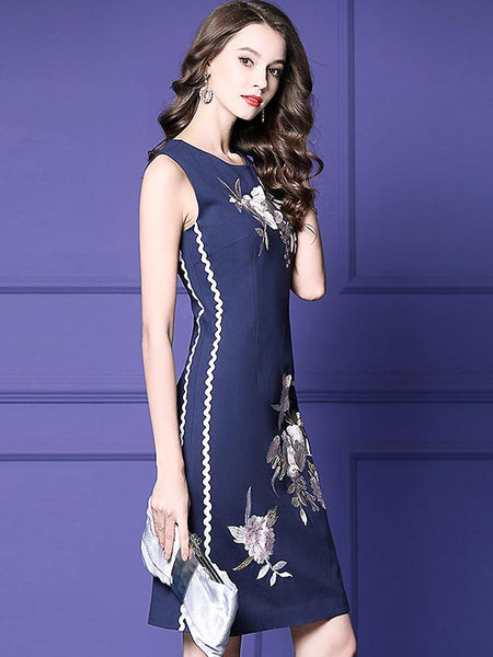 Elegant Embroidery O-Neck Sleevelese A-Line Midi Dress