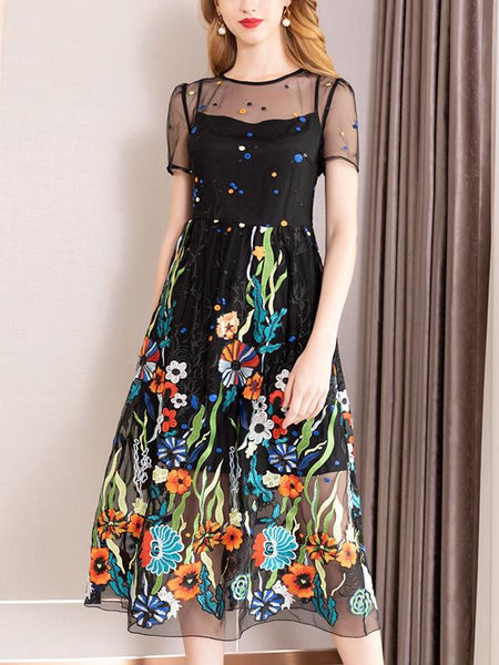 Mellow Heavy Embroidery Gathered Waist Mesh Floral Maxi Dress