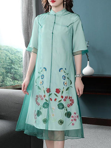 Chinoiserie Flower Embroidery Stand Collar Shift Dress