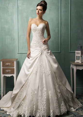 Fashion And Beautiful Bodycon Wedding Dress For Girl