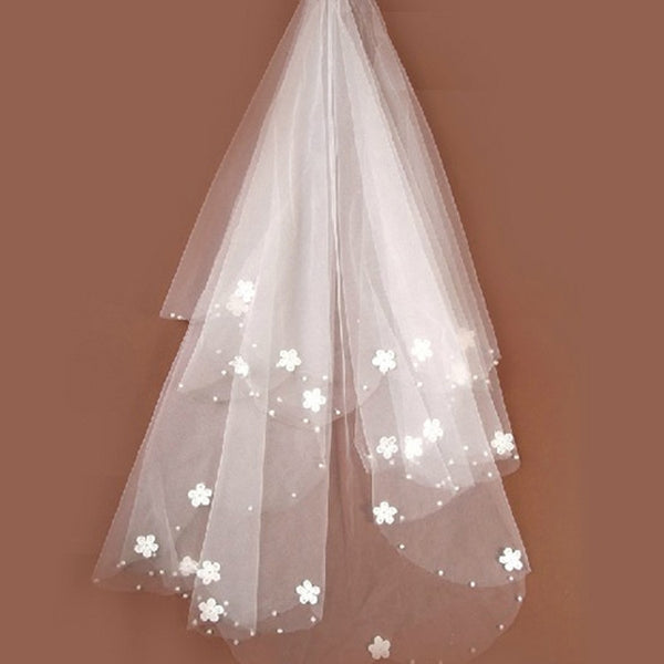 Brides Ivory tulle Beaded Flower Bridal Veils