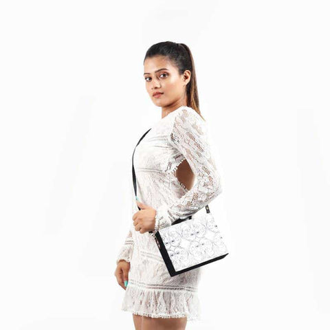 Black and White Sling Bag - [product_type] - Gonecase