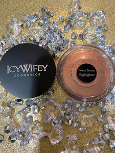 FOXXY BROWN HIGHLIGHTER