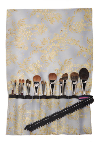 Makeup Brush Organizer: Dove