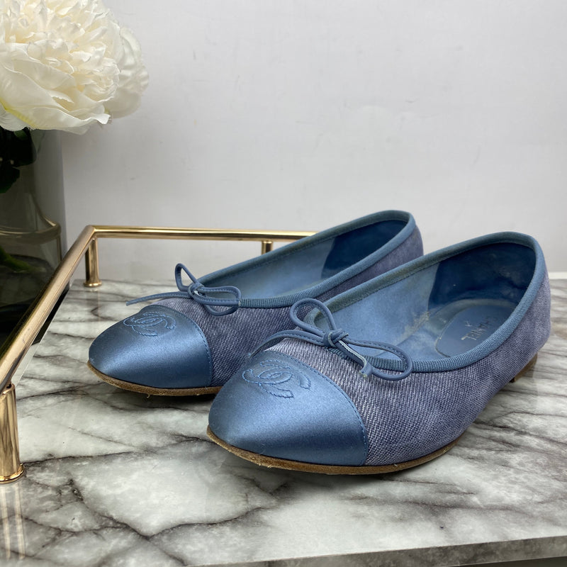 Chanel Pastel Blue Fabric and Satin Ballerina Pumps Size 36