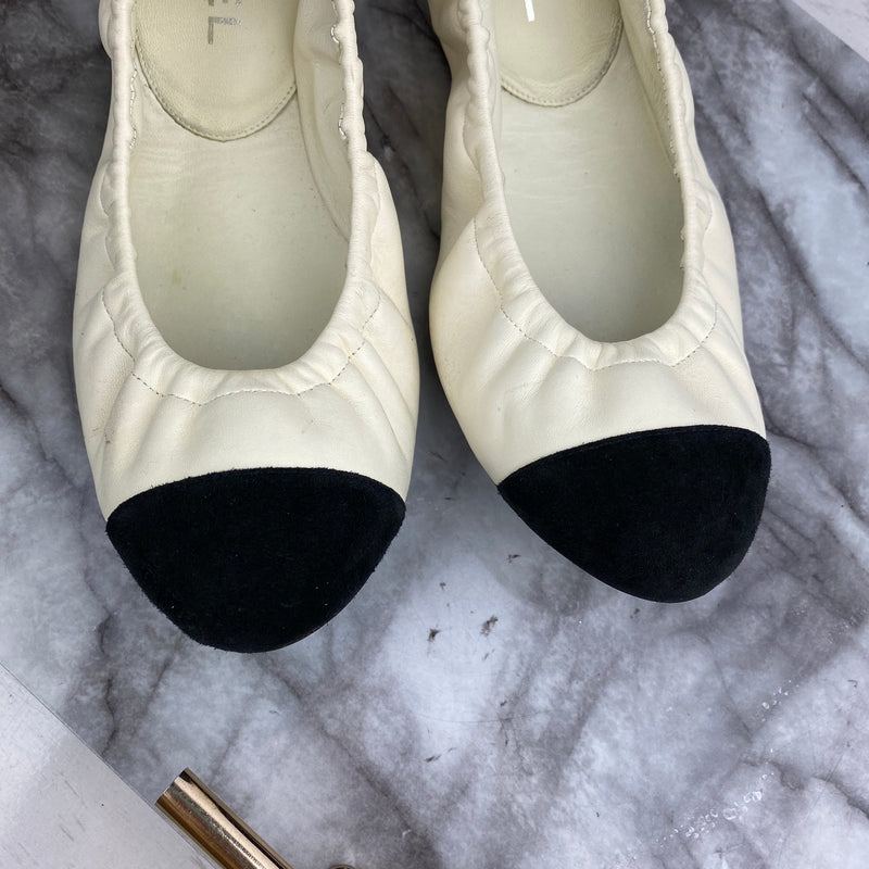 Chanel Elasticated Black and Cream Pumps Size 40.5
