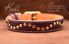 Charger l'image dans la galerie, handmade leather dog collar