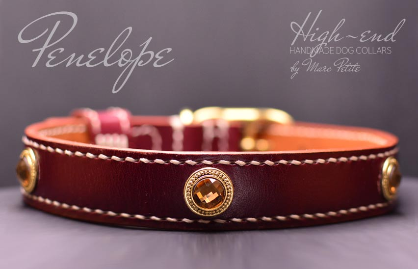 Burgundy vegetable tanned leather dog collar