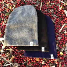 Load image into Gallery viewer, Peak Beanie - Navy Blue