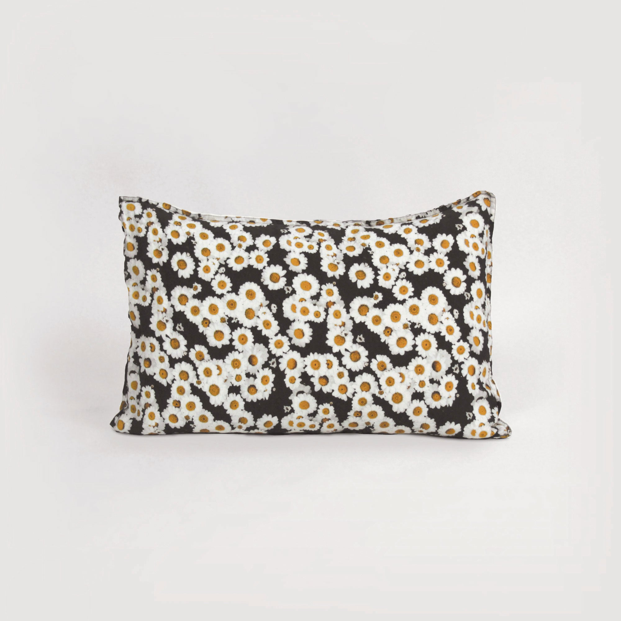 homebody nz daisy print pillowcase in 100% natural linen