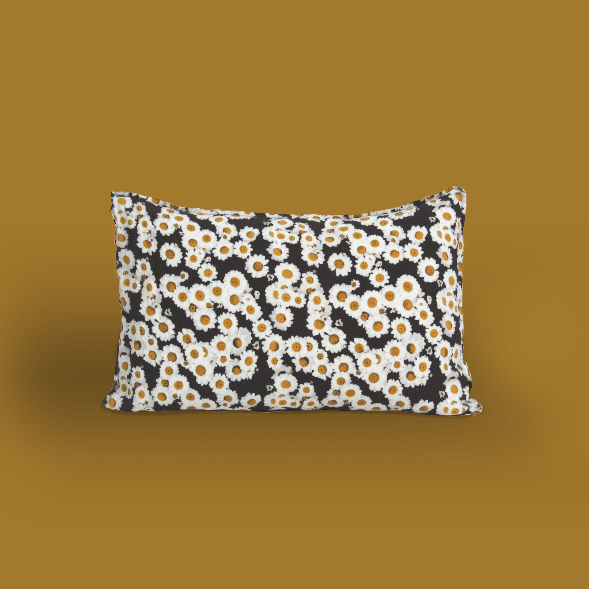 daisy print pillowcase in 100% linen
