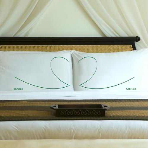 Personalized Garden Green Heartstrings Pillow Case Set