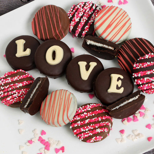 Valentines Day Chocolate Covered Oreo® Cookies (12pc)