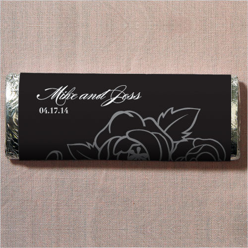 Black and White Botanical Gourmet Milk Chocolate Bar (Pack of 1)