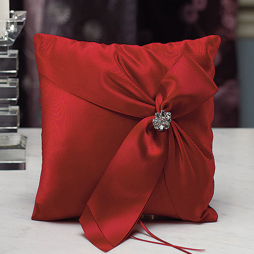 Beverly Clark Monroe Collection Ring Pillow Ruby (Pack of 1)