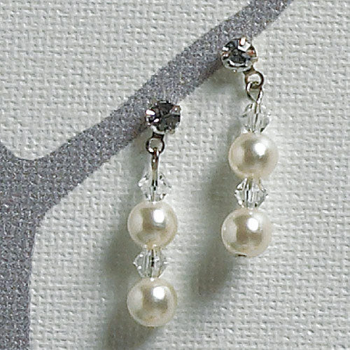 Illusion Set Pearls and Crystals Jewelry Earrings (Pack of 1)