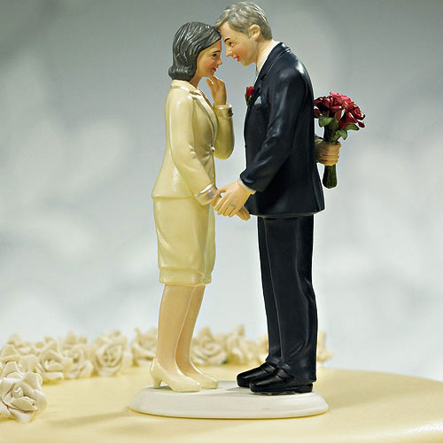 """Still in Love"" Mature Couple Figurine (Pack of 1)"