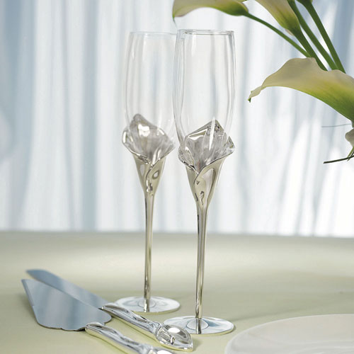 Silver Calla Lily Stemmed Wedding Champagne Flutes (Pack of 1)