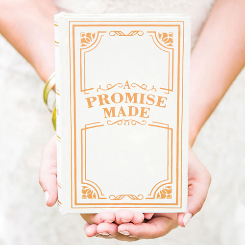 """A Promise Made"" Vintage Inspired Jewelry Book Box (Pack of 1)"