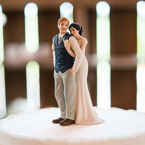 A Sweet Embrace – Bride Embracing Groom Couple Figurine (Pack of 1)