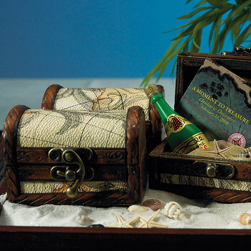 Mini Wooden Treasure Chest Favor (6) (Pack of 1)