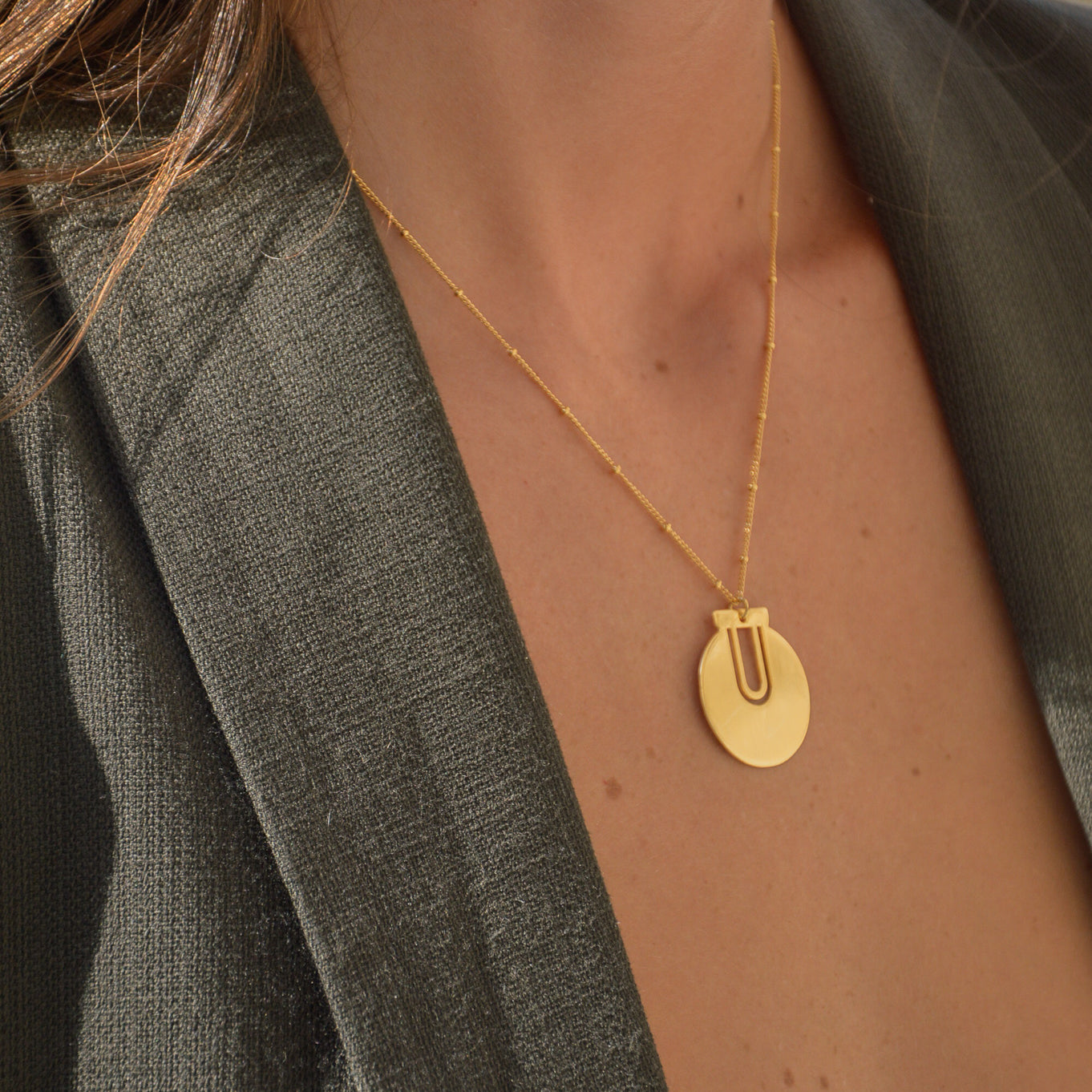 Collier Ica