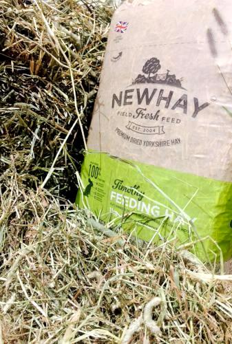Newhay Timothy Feeding Hay for Rabbits & Small Animals | Barks & Bunnies